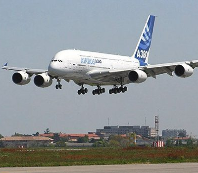 Jungfernflug: Airbus A380