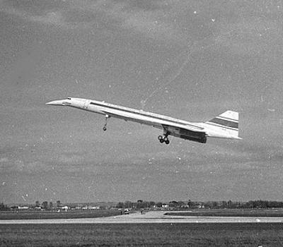 Jungfernflug: Concorde