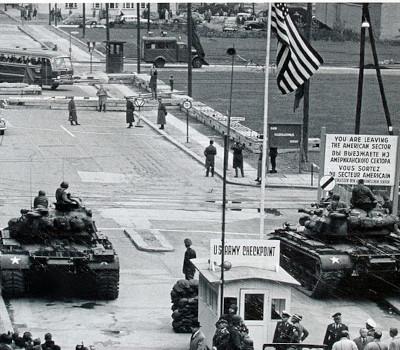 Panzerkonfrontation: Checkpoint Charlie